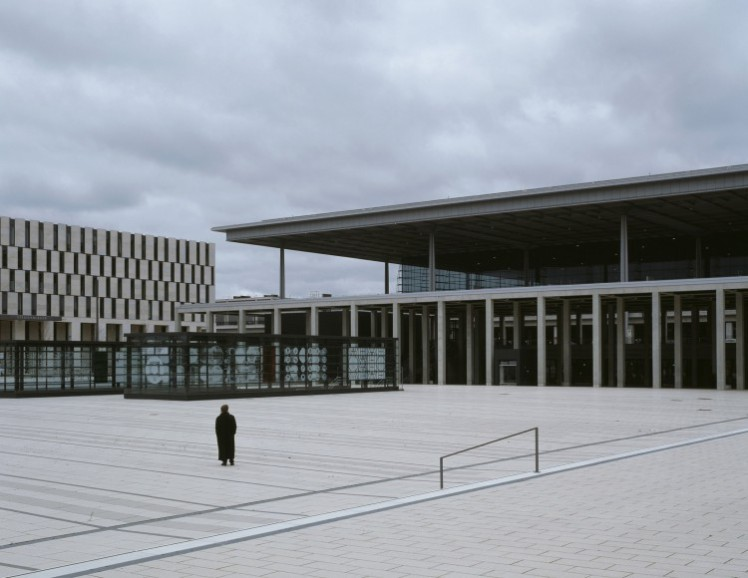 Klaus Frahm, BER, lonely airport, 2013, Fotografie
