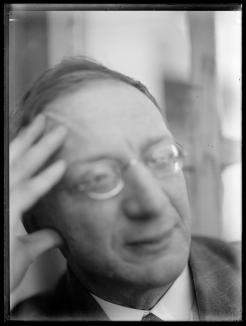 Ernst Ludwig Kirchner, Porträt Alfred Döblin, März 1932 Glasnegativ, 24 x 18 cm, Kirchner Museum Davos, Schenkung Nachlass Ernst Ludwig Kirchner 1992, Kat 203