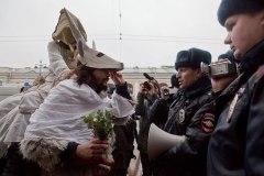 """Abduction of Adezhda"" (Abduction of Hope) for Rodina, St Petersburg. Photo by Elena Lukyanova for ""Novaya Gazeta"""