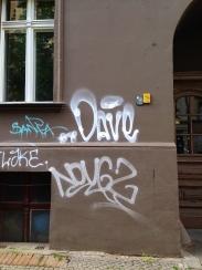 Spray tag in Neukolln