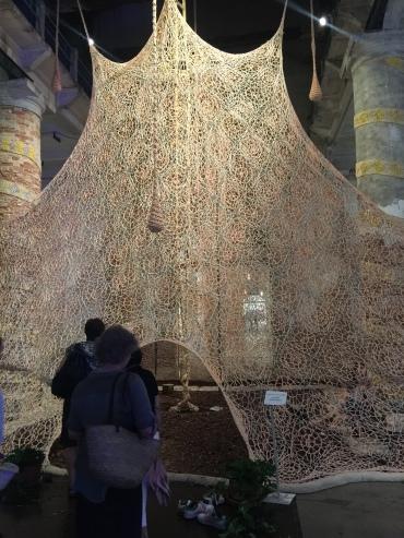 Ernesto Neto & the Huni Kuin Um Sagrado Lugar (A Sacred Place). 2017 Ernesto Neto: * 1964 Brazil, lives in Rio de Janeiro Pavilion of Shamans | 57th International Art Exhibition — la Biennale di Venezia